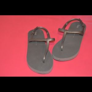 Grey Flip Flop Sandals | Kids' Shoes | Girls
